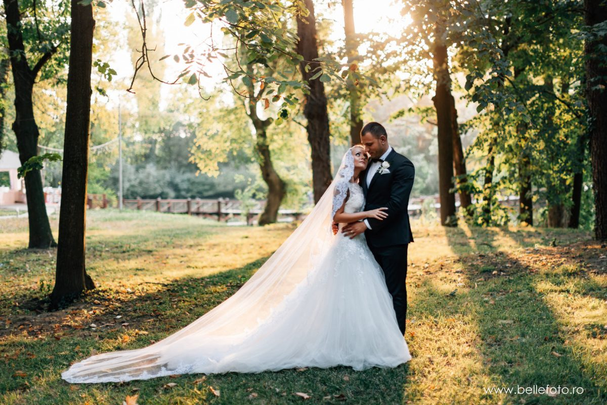 Raluca&Sergiu Foto Nunta Domeniul Stirbey - Wedding Photography