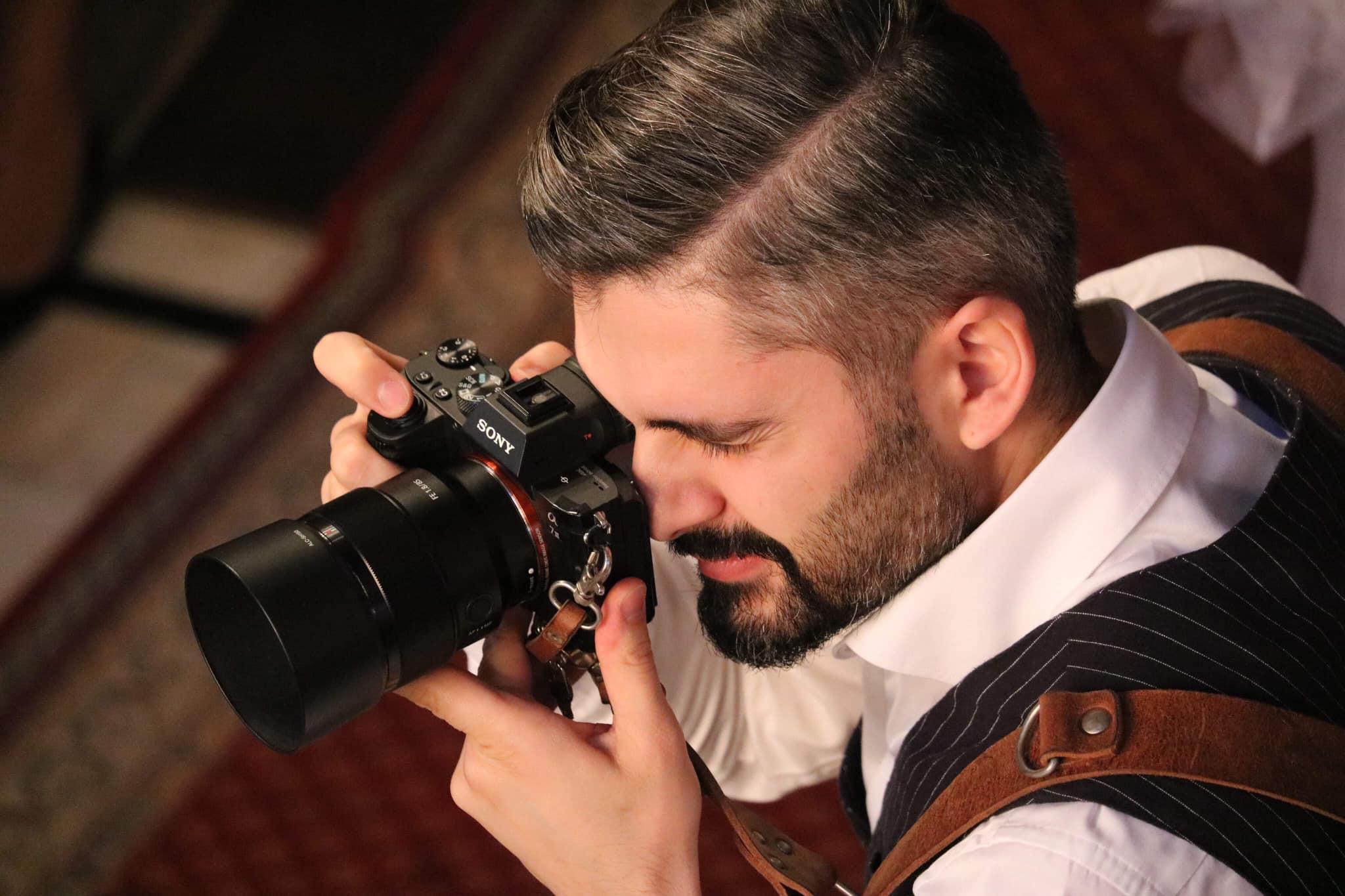 Intrebari frecvente adresate unui fotograf de nunta
