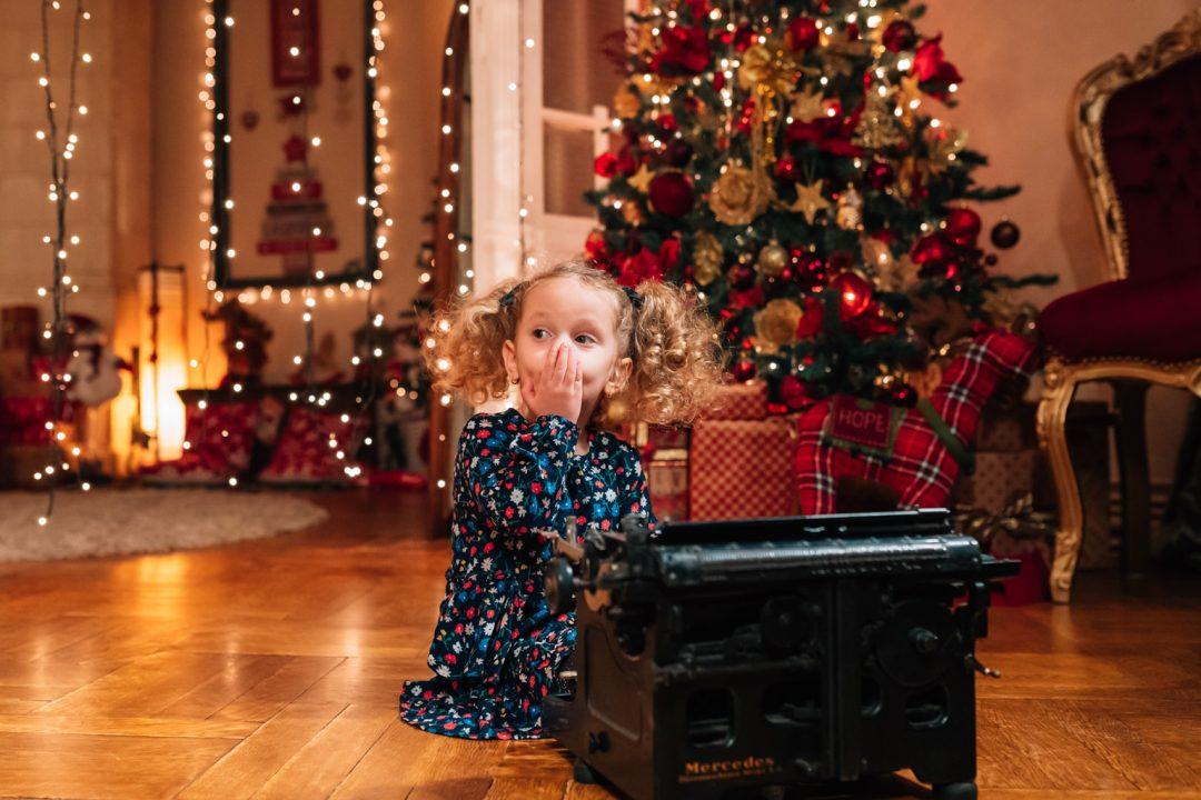 Sedinta foto Craciun - Anastasia - Studio foto craciun Bucuresti