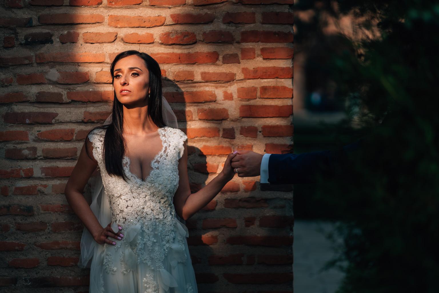 """<span class=""""hidepagetitles_toggle_title"""">Care sunt principalele întrebări pe care trebuie să le adresezi fotografului de nuntă?</span>"""