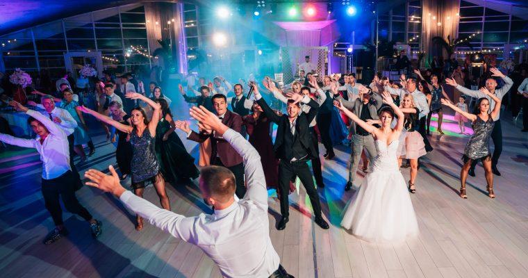 Top 5 motive pentru care ai nevoie de un fotograf la nunta ta