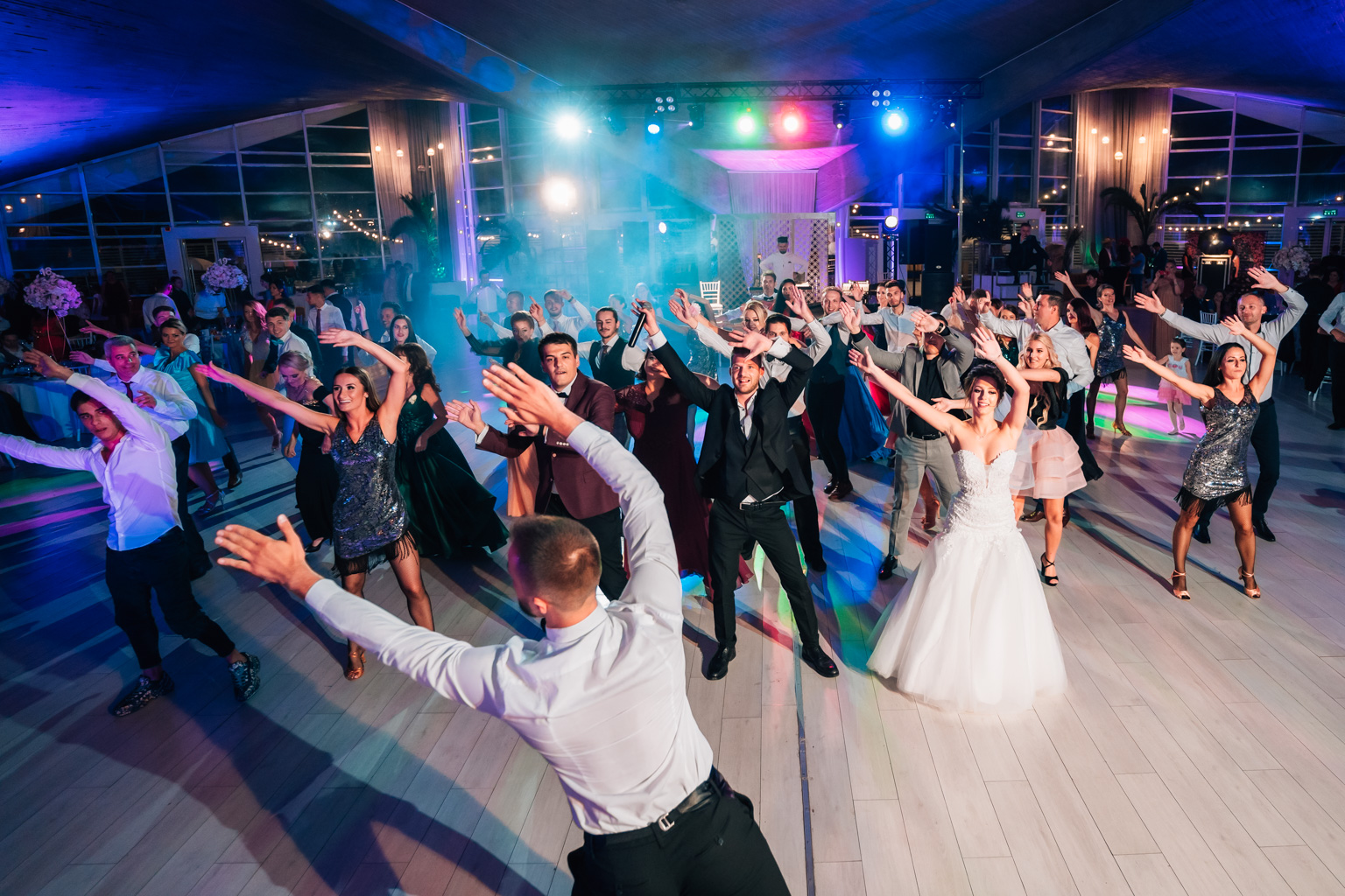 """<span class=""""hidepagetitles_toggle_title"""">Top 5 motive pentru care ai nevoie de un fotograf la nunta ta</span>"""
