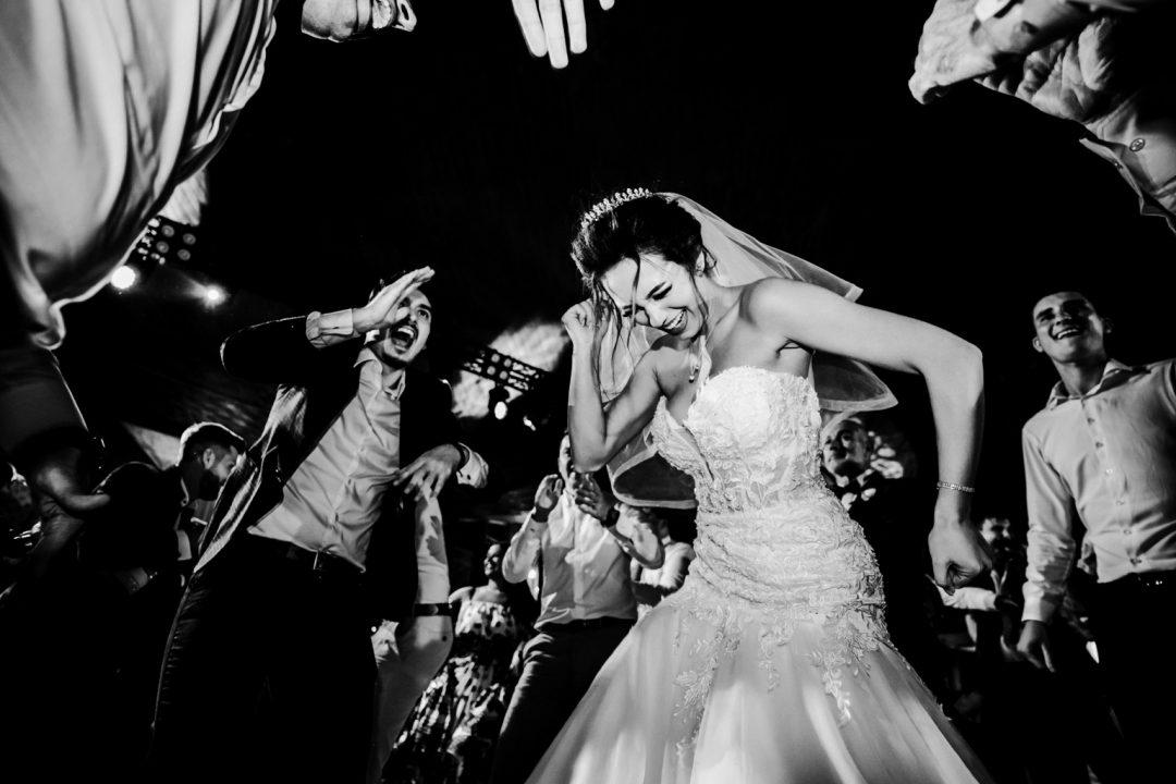 Oana & Alin - Fotografie de nunta - Fotograf Nunta Bucuresti - nunta Avenue 48